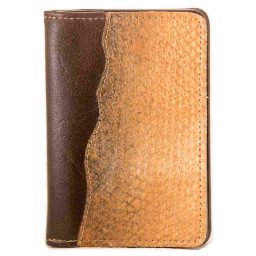 Leather wallet without coinpocket, decorated with salmon skin leather