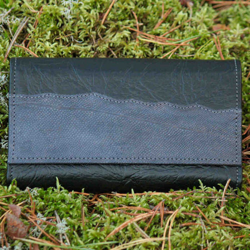 Women's purse, decorated with dark blue burbot leather